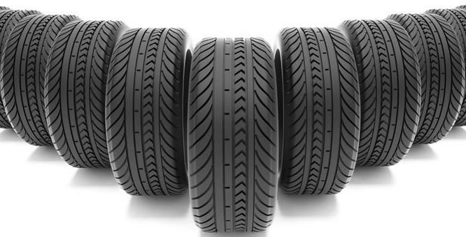 Image de plusieurs pneus l'un a coté de l'autre